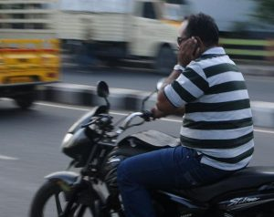 dont' have phone sex while driving